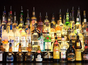 Мэрия Москвы намерена отозвать лицензии на алкоголь у 30 отелей