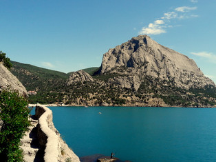 Самые необычные места для путешествий в Крыму
