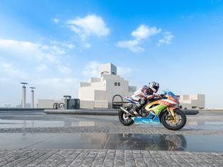 Головокружительное шоу состоялось в преддверии двух престижных соревнований по мотоспорту в Катаре