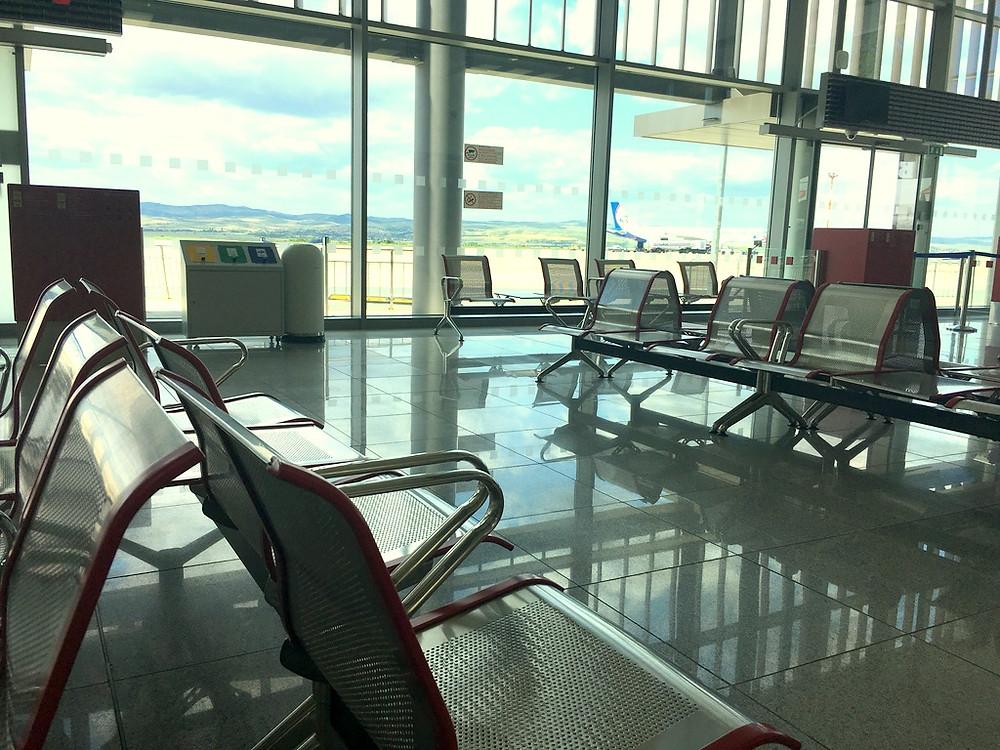 www.turpressa.com Авиабилеты подорожают. На каждые 100 евро стоимости билета придется доплатить 450 рублей!