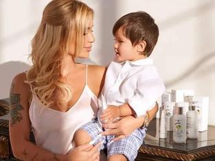 Младший сын основательницы Mixit Елены Назаровой стал амбассадором детской линейки Bambolino 0+