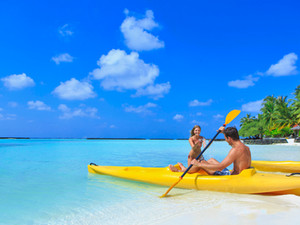 Центр водного спорта отеля Kurumba один из лучших на Мальдивах