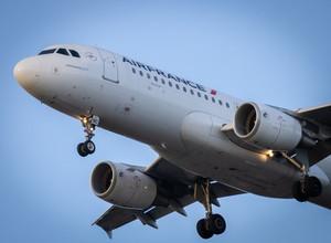 Цены на авиабилеты по России в дни новогодних каникул снизились более чем на 20%