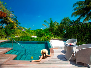 Baros Suites в Baros Maldives: дизайн богатого мальдивского дома