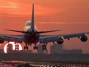 Цены на авиаперелеты по России стали ниже, чем по Европе и США