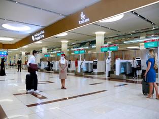 Эмирейтс усовершенствовала процесс саморегистрации в аэропорту Дубая благодаря специальным киоскам