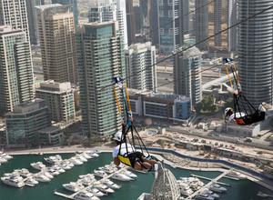 Первые российские туристы прибыли в Дубай после открытия границ