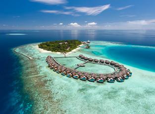 Незабываемое Рождество и Новый год от Baros Maldives
