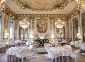 Le MeuriceиHotel Plaza Athénée: пять причин поехать в Париж в этом сезоне