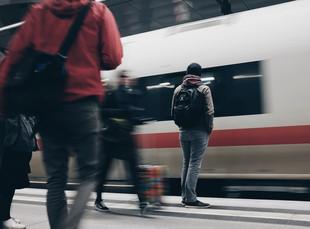 Новогодние праздники на поезде: топ популярных направлений