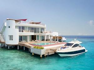 Бесконечный отпуск на Мальдивах в LUX* Resorts