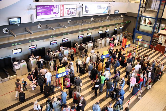 680-katowice-airport-poland.jpg