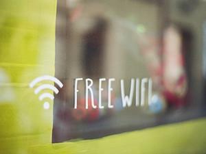 Wi-Fi или друзья: что важнее для россиян в поездке