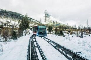 Самые популярные маршруты на майские праздники для путешествия в сидячем вагоне