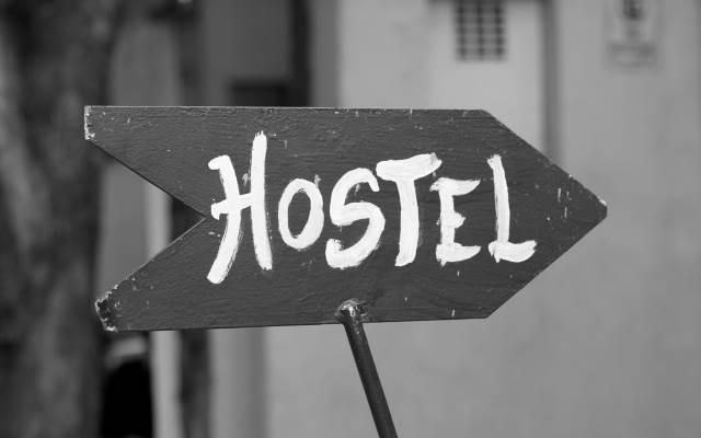 hostel-znak.jpg