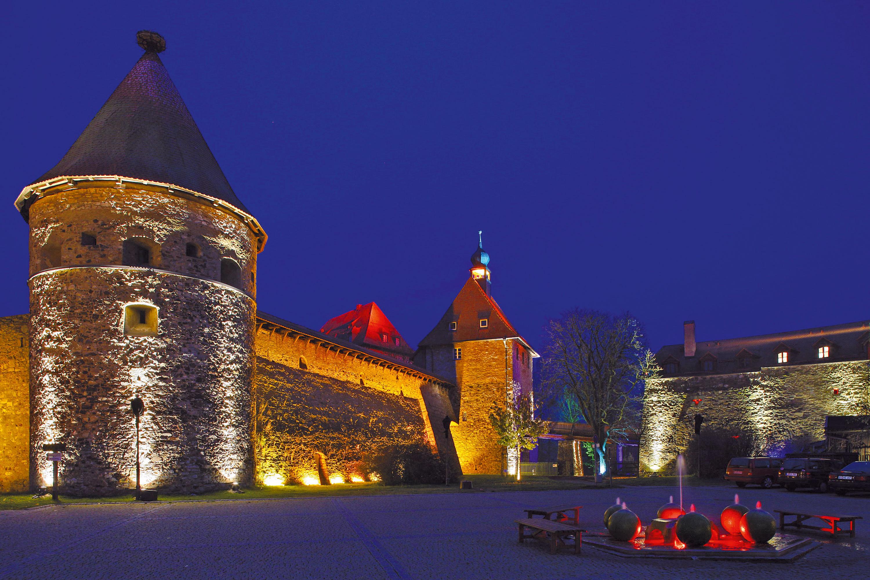 Burg_flach_seitlicher