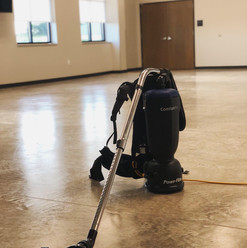 backpack vacuum pic.jpg