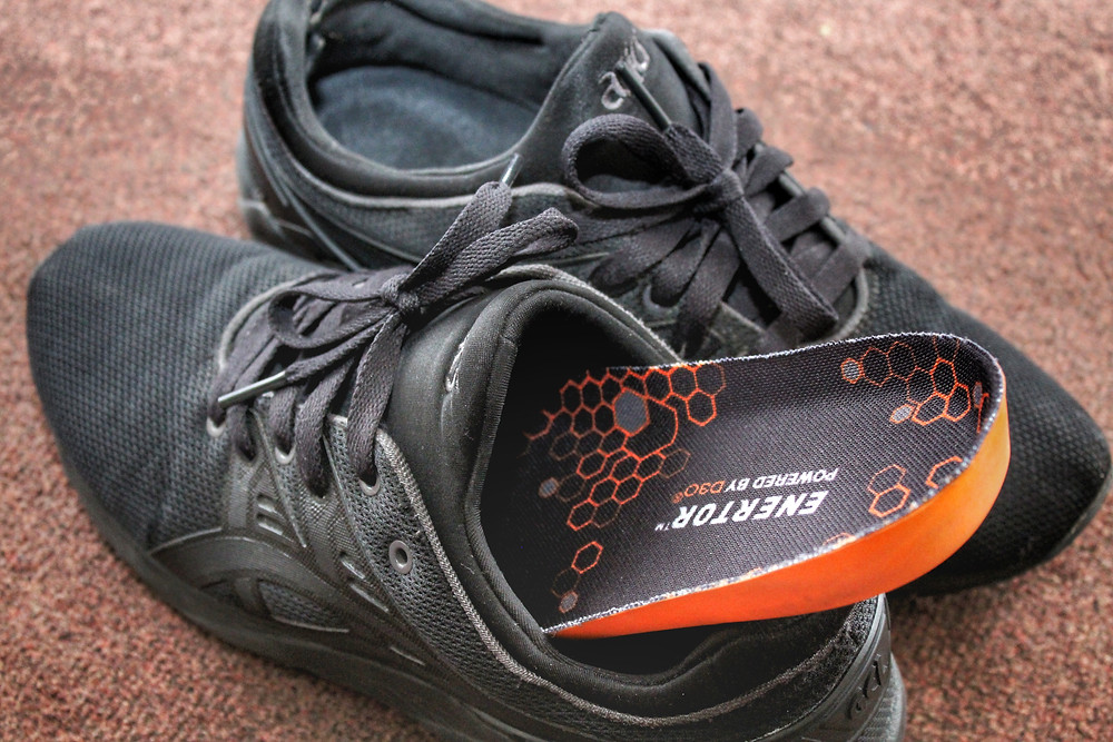 Enertor insoles going into trainer