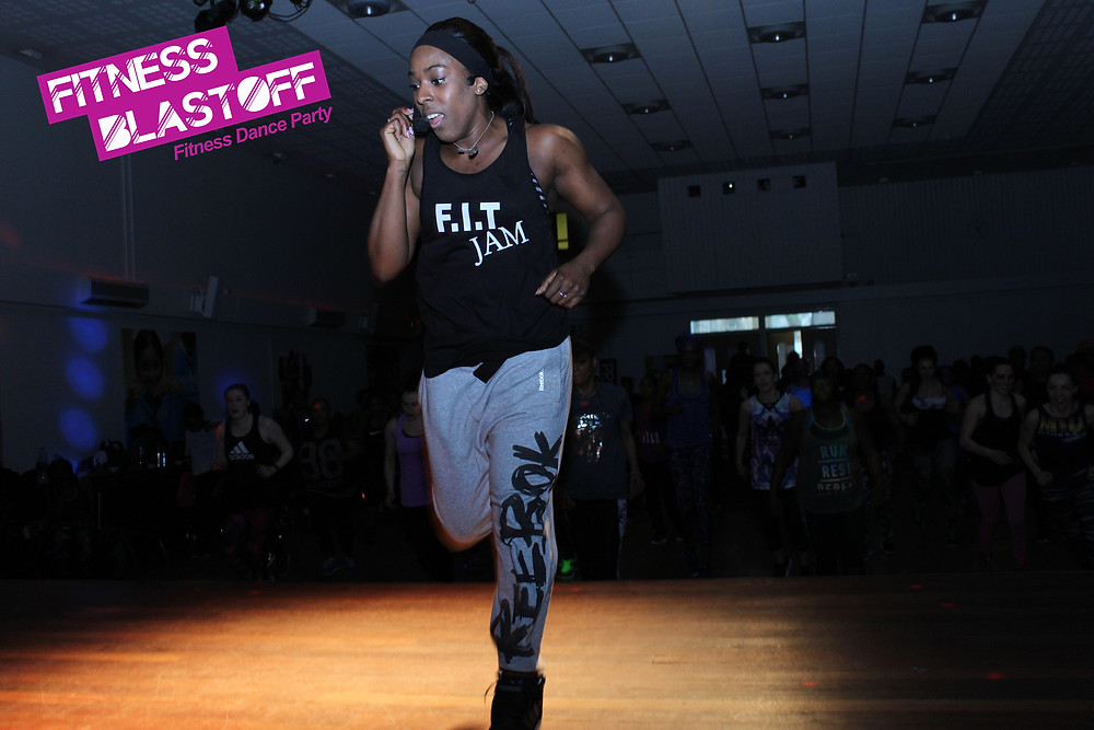 Faye Edwards performing at Fitness Blastoff