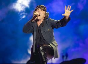 Bruce Dickinson parla del debutto con gli Iron Maiden a Bologna!