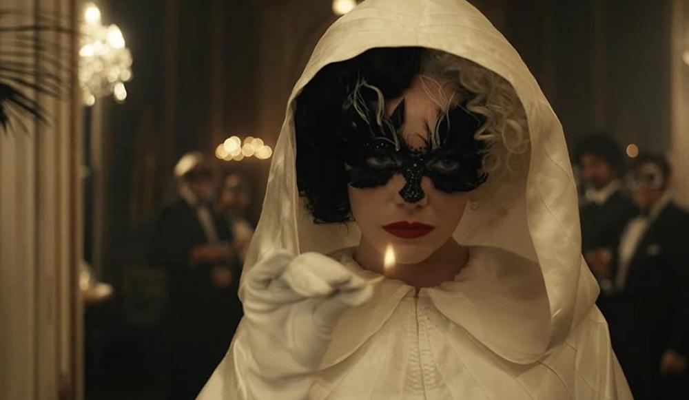Emma Stone in Cruella c/o Disney