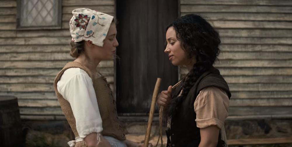 Olivia Scott Welch and Kiana Madeira in Fear Street Part Three: 1666 c/o Netflix