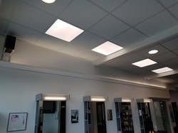Dalles 600x600 40W et Downlights 16W LED Ruban LED 230v 4000°K derrière corniche