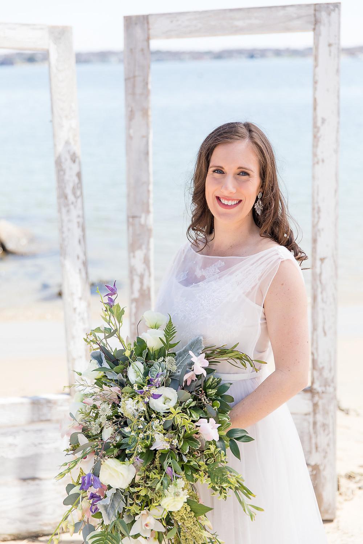 Beautiful, beachy bride!