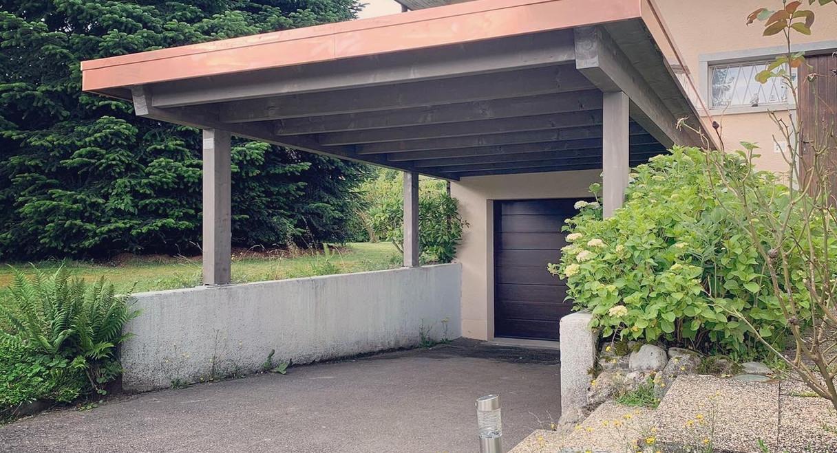 Couvert à toit plat - Teinte Gris Irisé 108