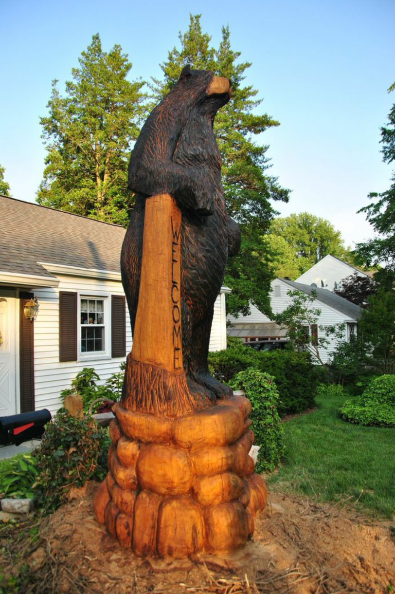 AM Sculptures- Bear Stump
