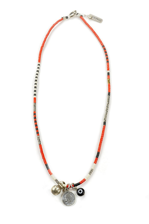 Fling coin trio necklace