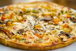 food-photography-of-pizza-1552635.jpg