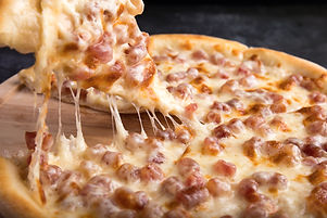 one-cheese-pizza-2741457.jpg
