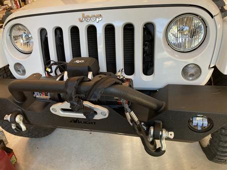 Jeep gettin the winch.