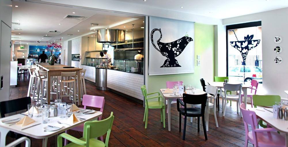 open-kitchen-eat-drink-restaurants-gastro-pubs-large.jpg