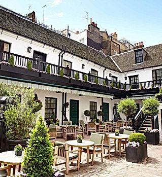 The-Stafford-London-Courtyard-47.jpg