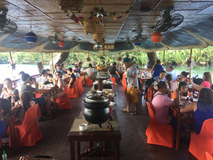 Diner cruise on the river Loboc