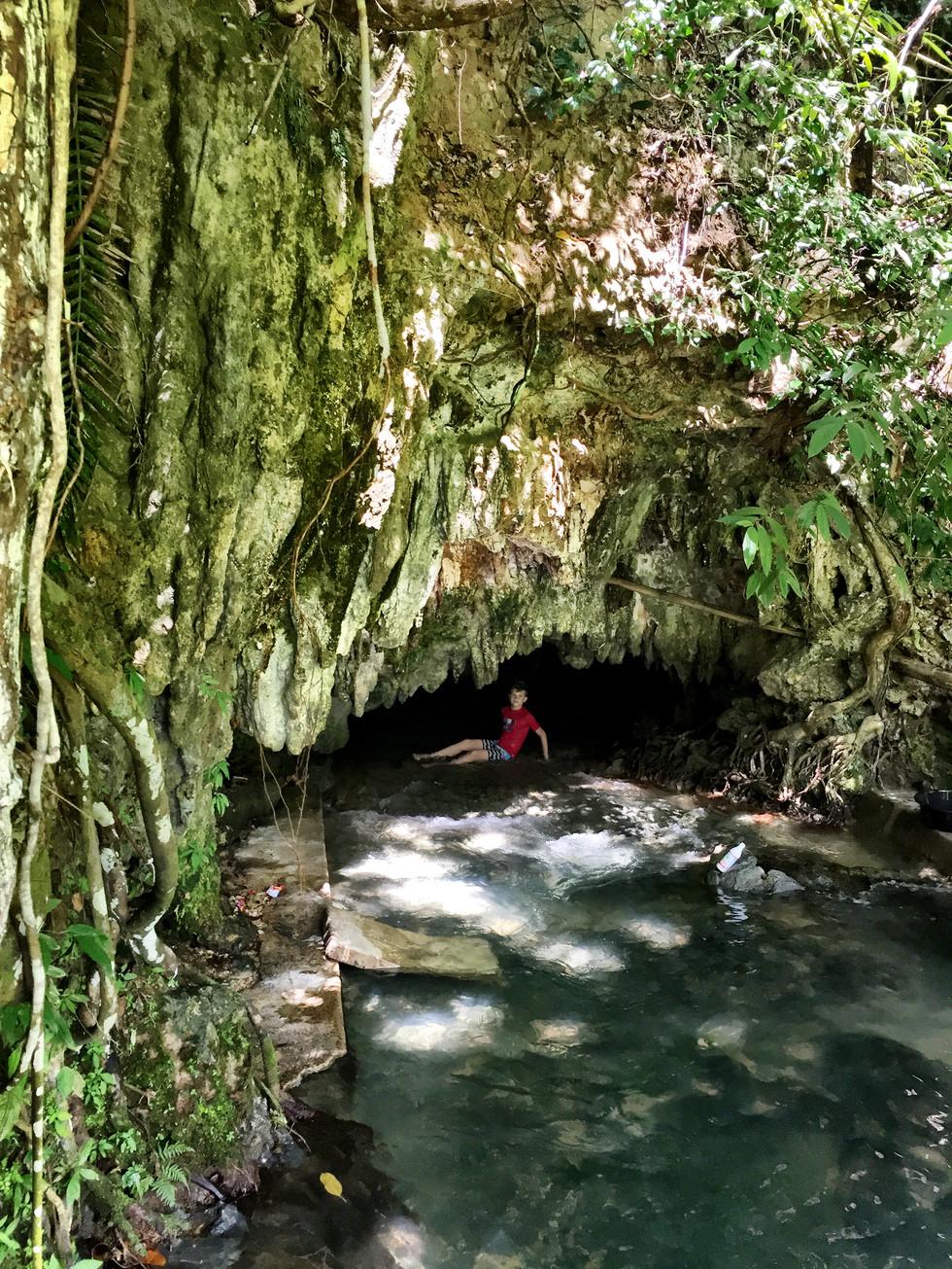 Inambacan Cave