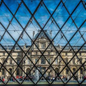 Les secrets de la pyramide du Louvre