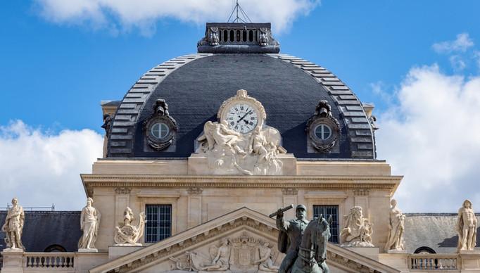 Visite insolite à l'école militaire de Paris