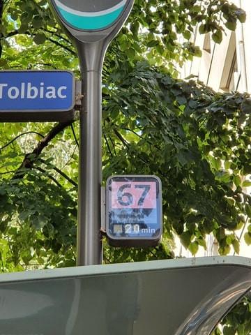 Arrêt de bus Tolbiac pendant une enquête touristique avec la RATP à Paris
