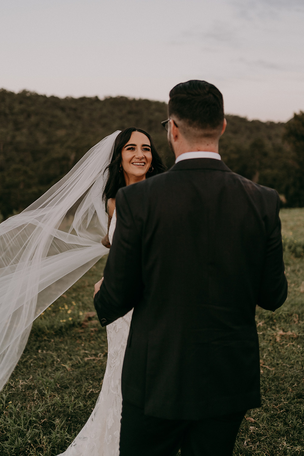 Wedding-Photography-Portraits-Natural-Wedding-Photos-The-Love-Archives
