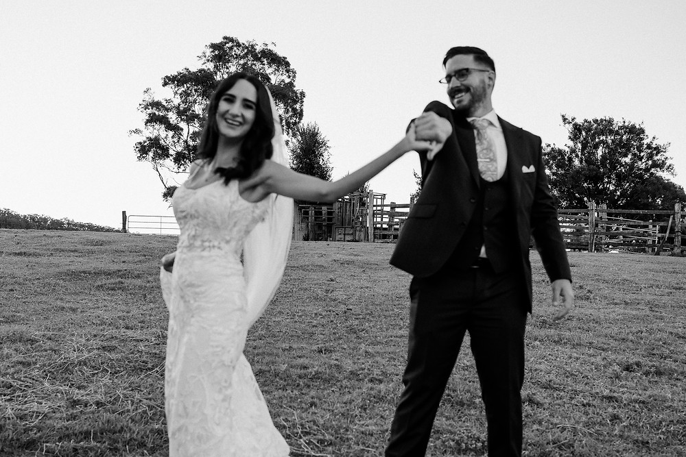 Georgia-and-Josh-Wedding-Cowbell-Creek-The-Love-Archives