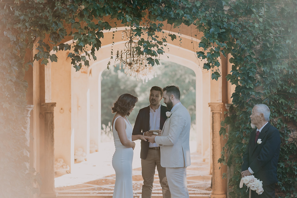 The-Love-Archives-Deux-Belettes-Wedding-Ceremony