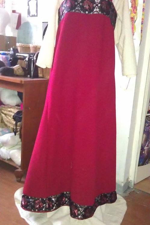 Trägerkleid mit Besatz