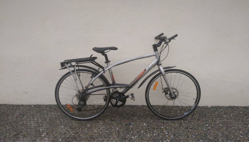 Vélo de ville triban, taille M - 250€