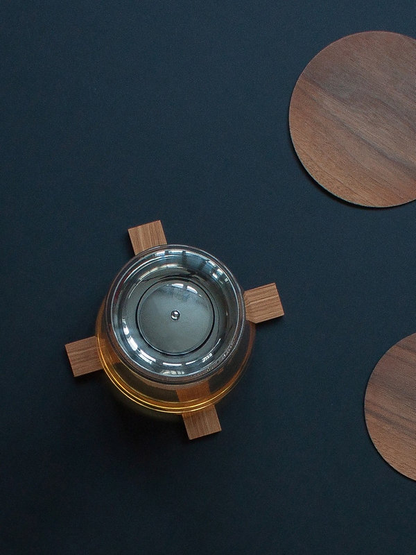 wooden trivet pliks-plaks on the table creating nordic feeling and simple design