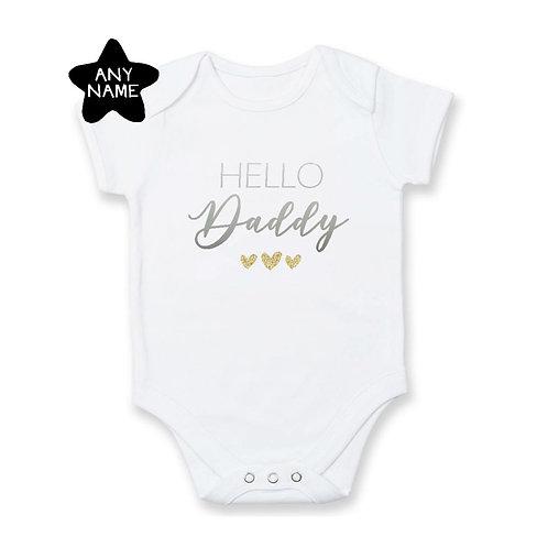 Pregnancy Announcement: Hello Daddy