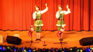 Gracie & Lacy - Christmas Show 2018