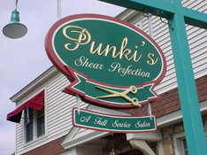 Punki's Salon Sign